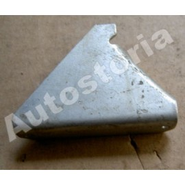 Front license plate left bracket - 1300 / 1500